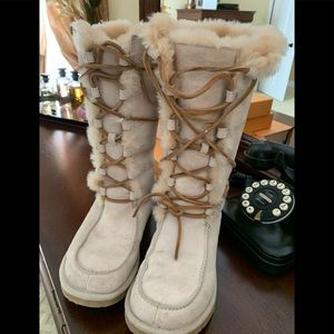 Lace Up Tall UGG Boots Leather with Fur Lining!